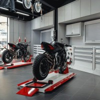 motorcycle workshop